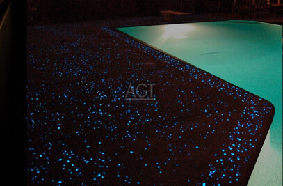 Poolside concrete - glowstone