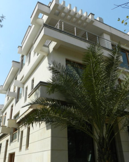 Serviced Apartments @76, Friends Colony West, New Delhi