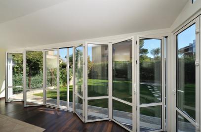 Solid Wood Folding Door System (S.66)
