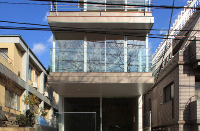 Sakura Complex