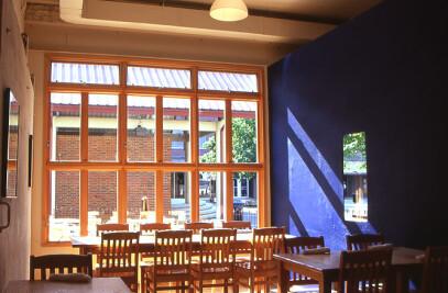 Lula Restaurant