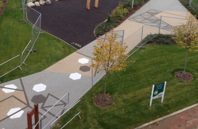 Public access to play space