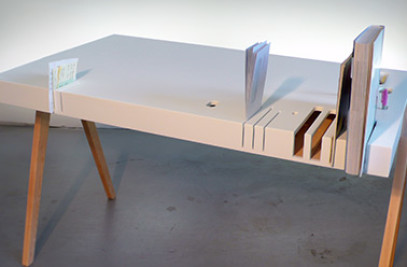 RAIN desk