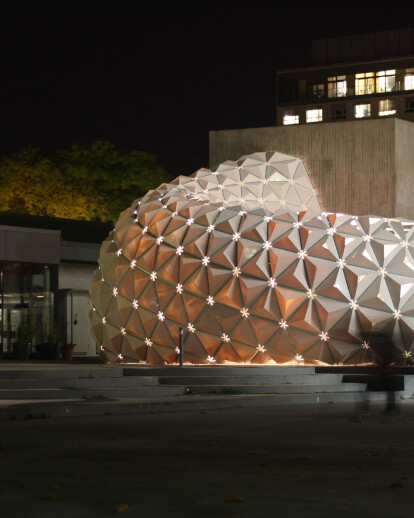 ArboSkin: Durable and RecyclableBioplastics Facade Mock-Up