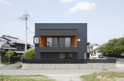 Minakuchi House