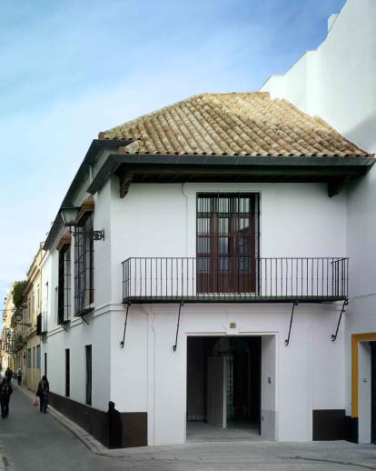 Malpartida house