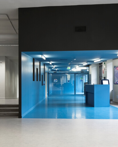 A front-office in Torino
