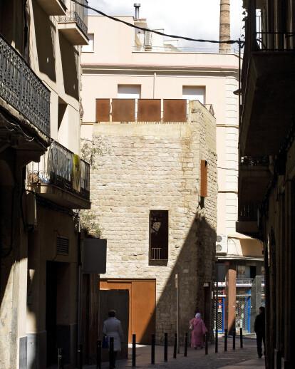 Restoration of Sobrerroca Gate