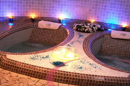 Hot tub detail