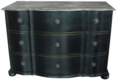 St Sebastien Chest