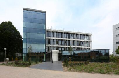 Design façades of aluminium