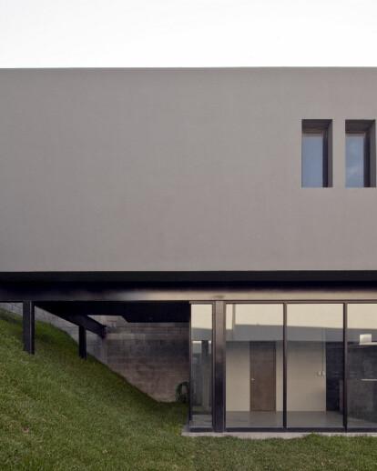 GO House
