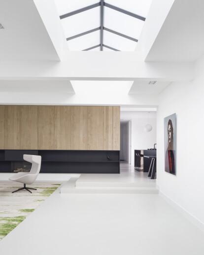 Home 11