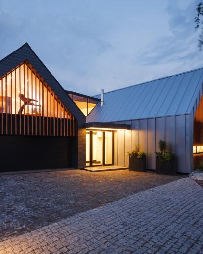 Two Barns House