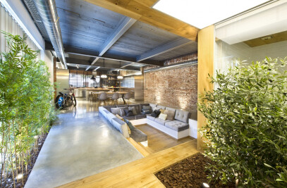 Commercial Space Turned into a Loft in Terrassa (Barcelona)