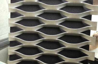 Expanded mesh for architectural purpose