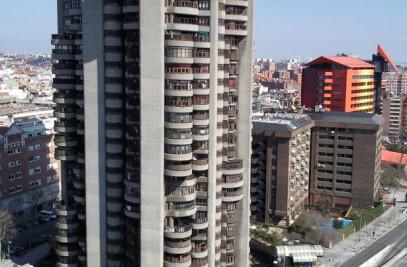 Apartamento Torres Blancas 2040