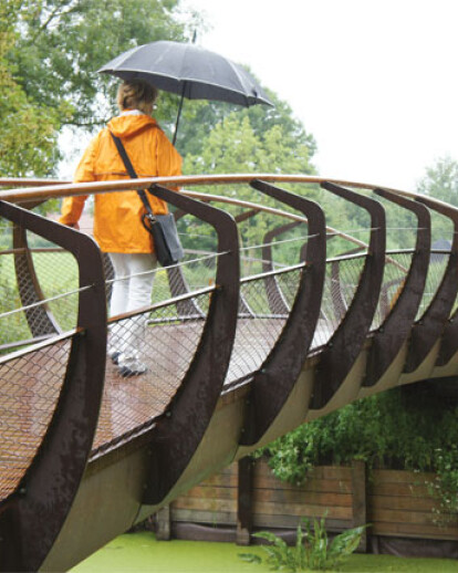 CorTen Single Bridge in Vieux-Condé