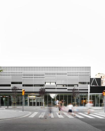 MultiFacility Municipal Building in Sant Martí