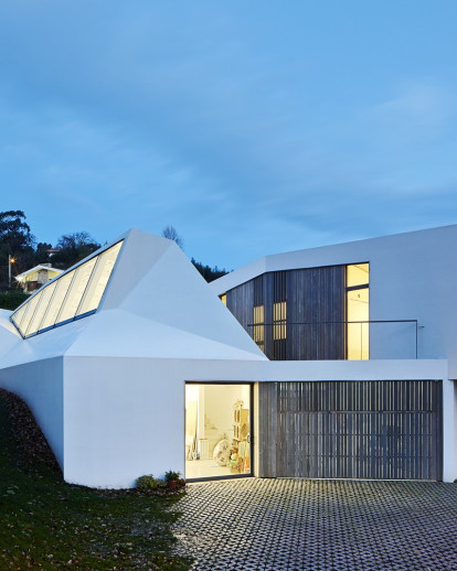 Lara Rios House