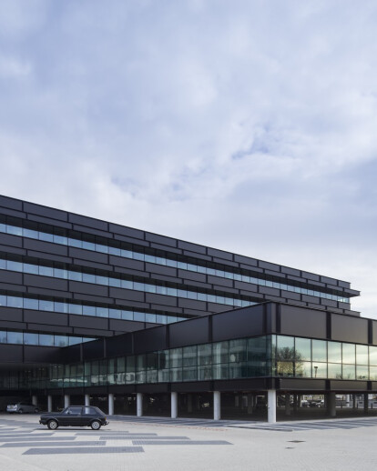 FLUOR - A dynamic knowledge building