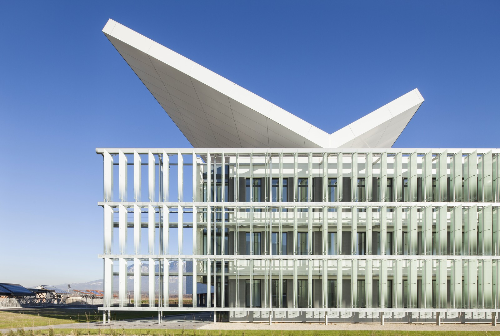 HELIOS, home to the French National Solar Energy Institute (INES)