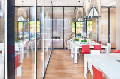 GEZE Manual Sliding Wall Systems in the Ronald McDonald House in Tübingen