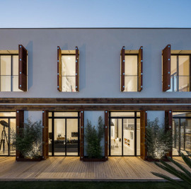 A House - Building of one Family Detached House in Badalona