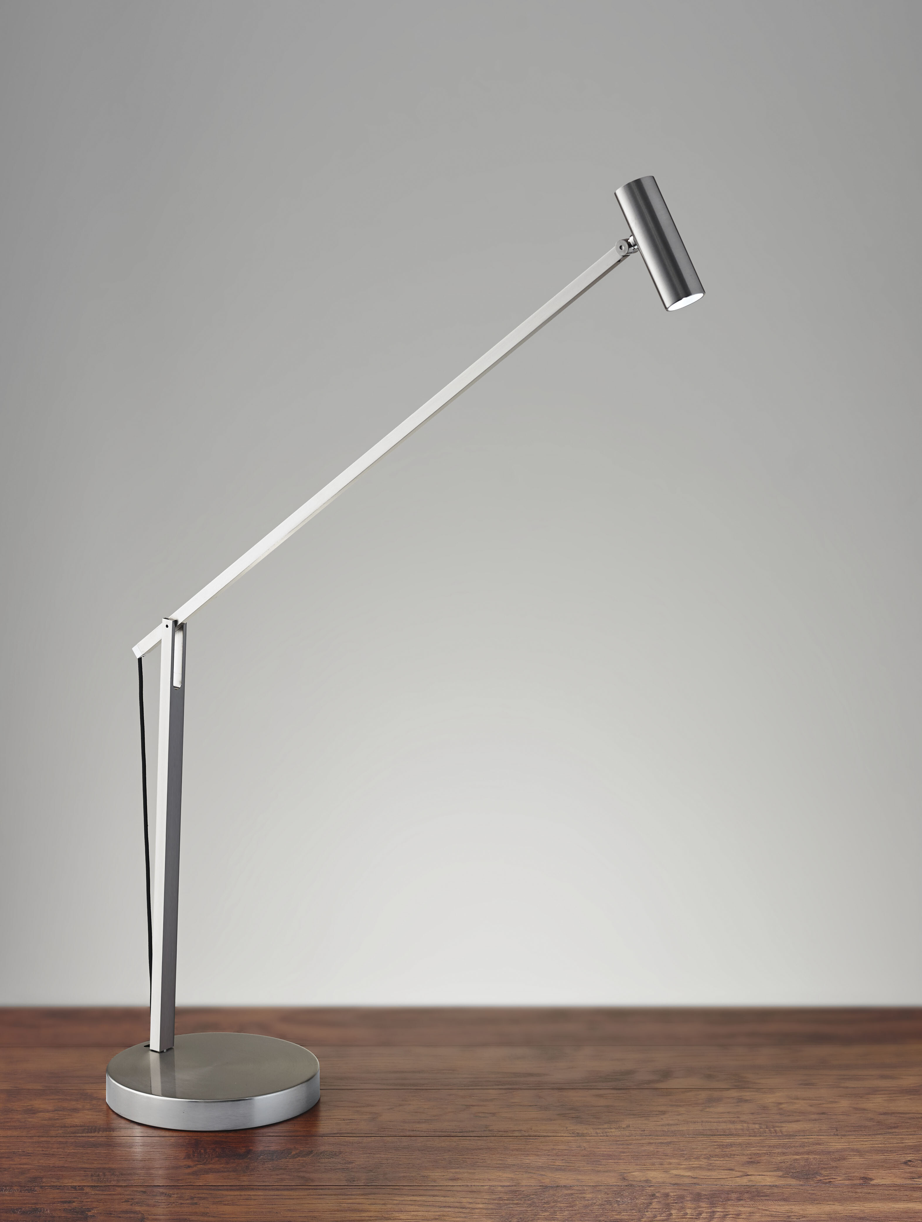 AD9100-22 Crane LED Desk Lamp