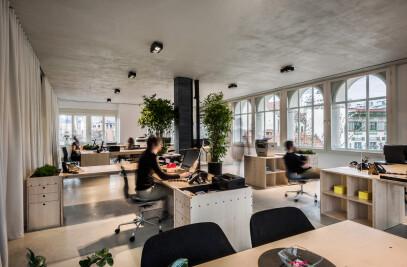 (un)curtain office
