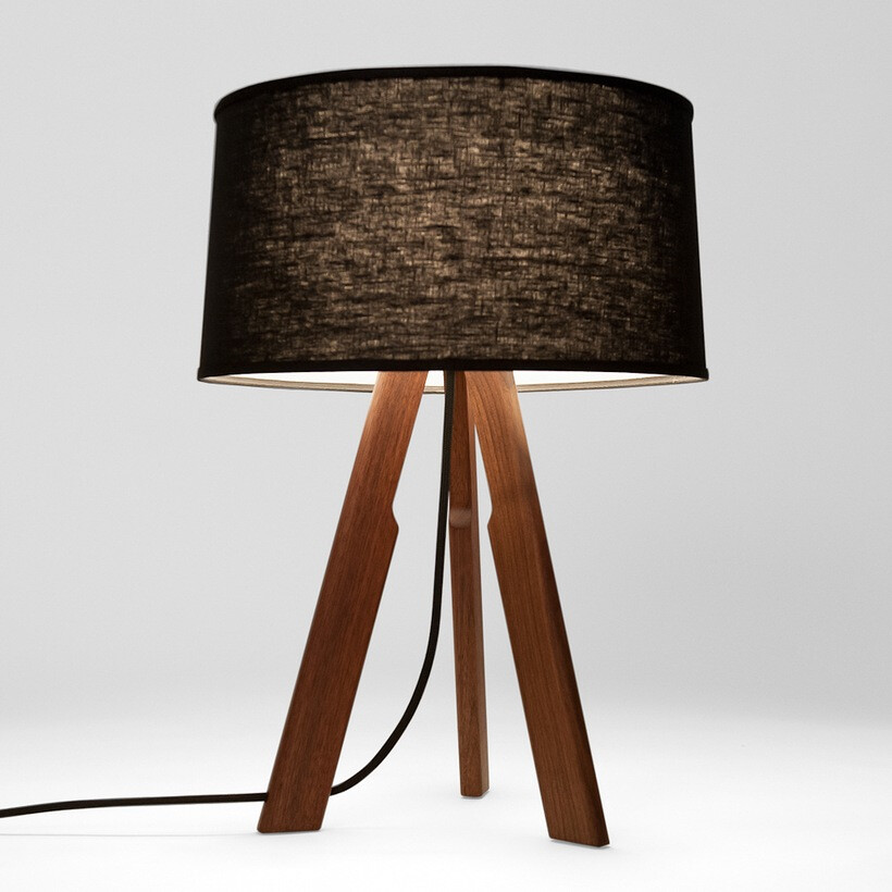 Solstice Table Lamp (black/black)