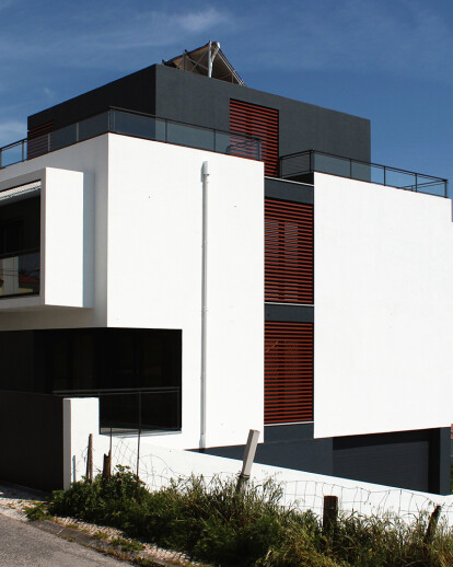 House L911