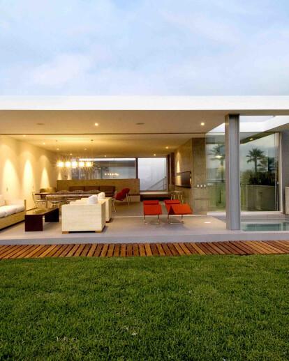 La Isla Beach House