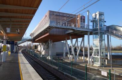 Créteil-Pompadour suburban station