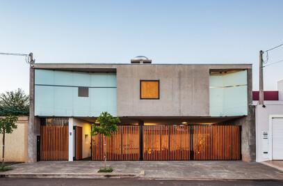 House and Studio in Orlandia
