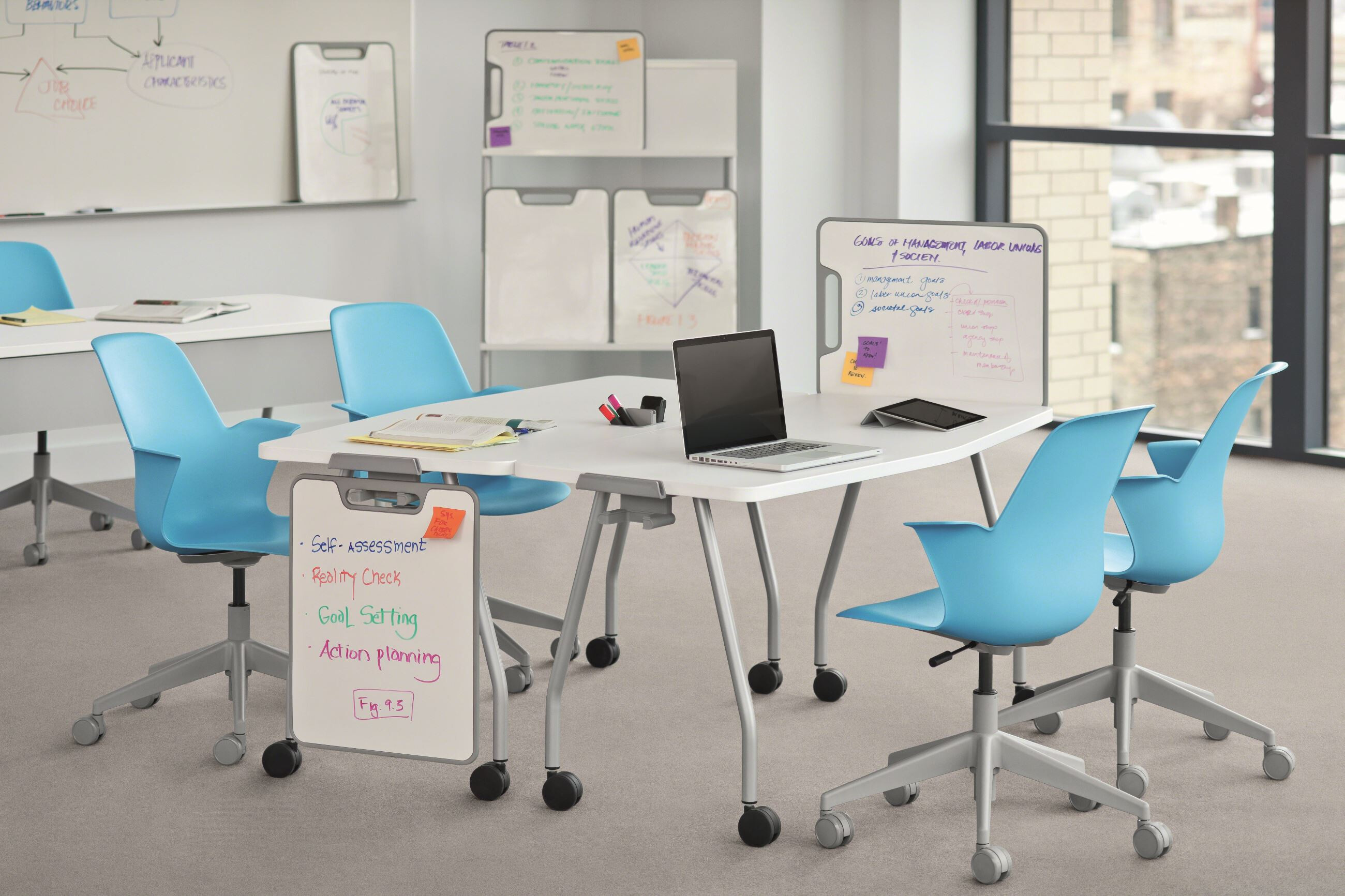 Verb table and node chairs