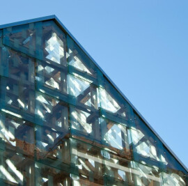 Norwegian wood/ The lantern pavilion