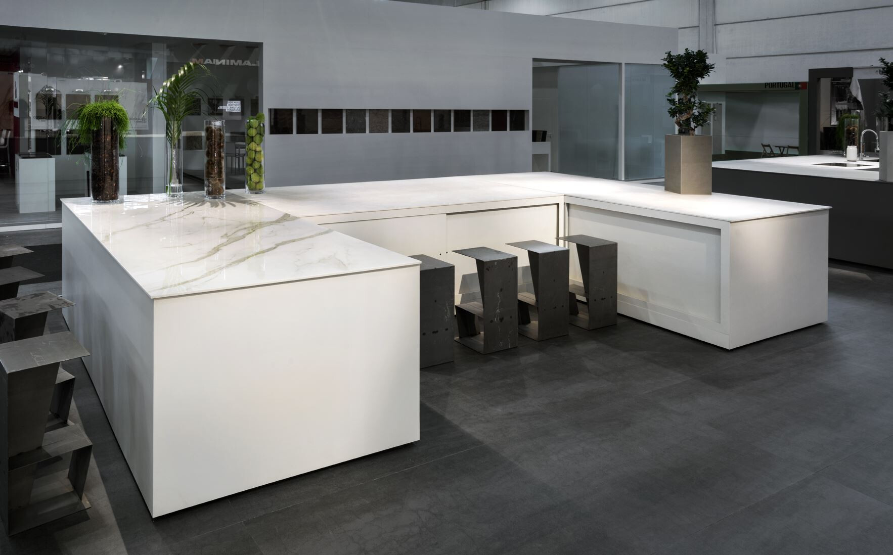 The Large Ceramic Slam