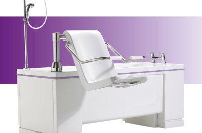 Gentona variable height assistive bath
