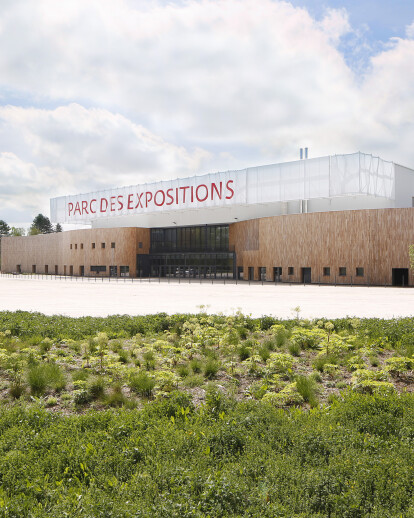 RECONSTRUCTION OF EXHIBITION CENTER HALL 2
