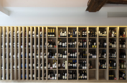 """Wine store and reception space """"Soif d'Ailleurs"""""""