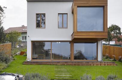 Family House Zebetin