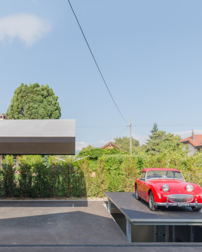 PRIVATE CAR DISPLA AND UNDERGROUND CARPORT