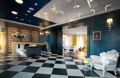 Quadrille Hotel