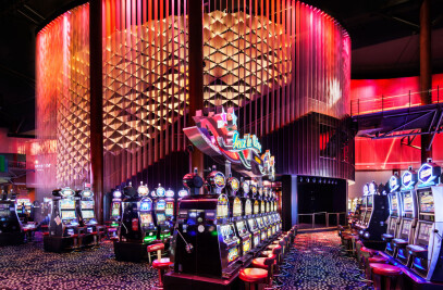 An immersive Lighting design for the Lac-Leamy Casino