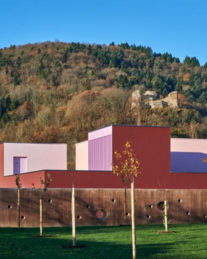 Multi-reception facility, in Buhl