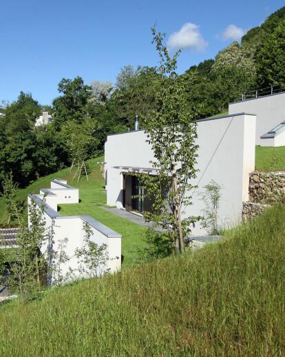 SEMI IPOGEA HOUSE