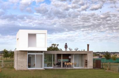 CG342 HOUSE – SUSTAINABLE HOUSE