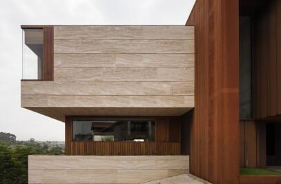 House AT11