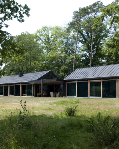 House in the woods (Boshuis)